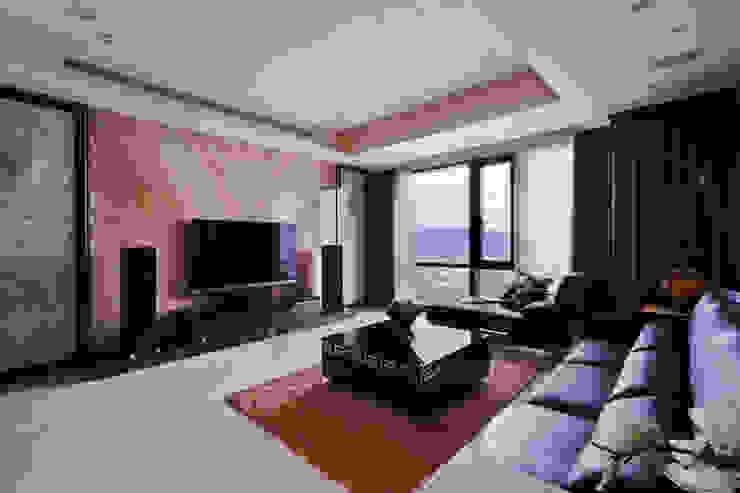 內斂奢華 經典住宅 现代客厅設計點子、靈感 & 圖片 根據 舍子美學設計有限公司 現代風