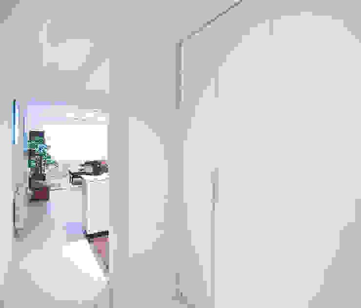 Modern corridor, hallway & stairs by GokoStudio Modern