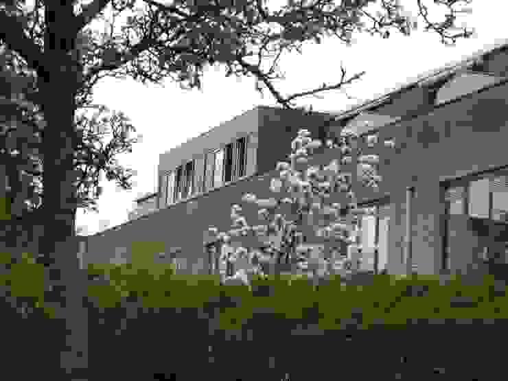 Verbouw 2 woningen te Utrecht (nieuwe situatie achtergevel) van CMOarchitect bna