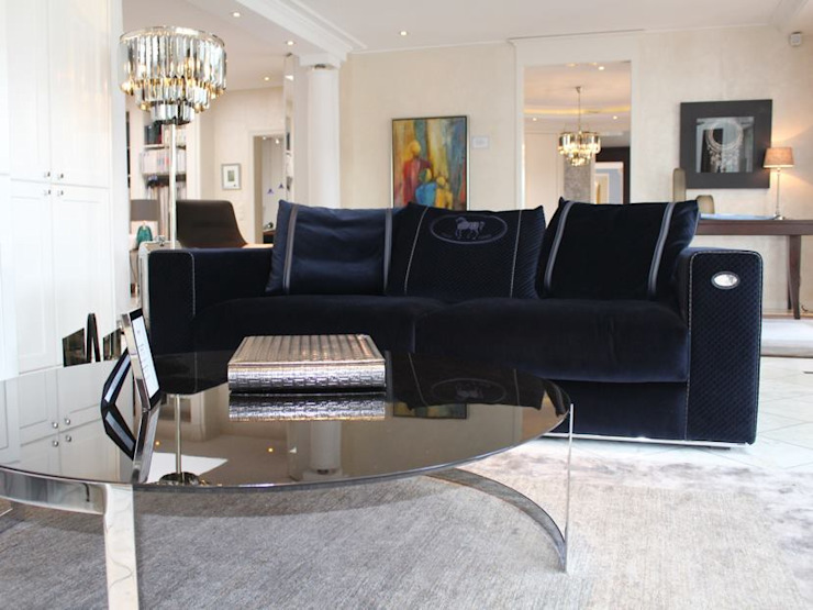 Hunke & Bullmann Ruang Keluarga Modern Blue