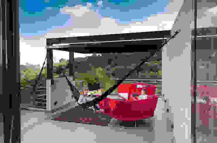 La Casa en el Bosque Casas modernas de grupoarquitectura Moderno