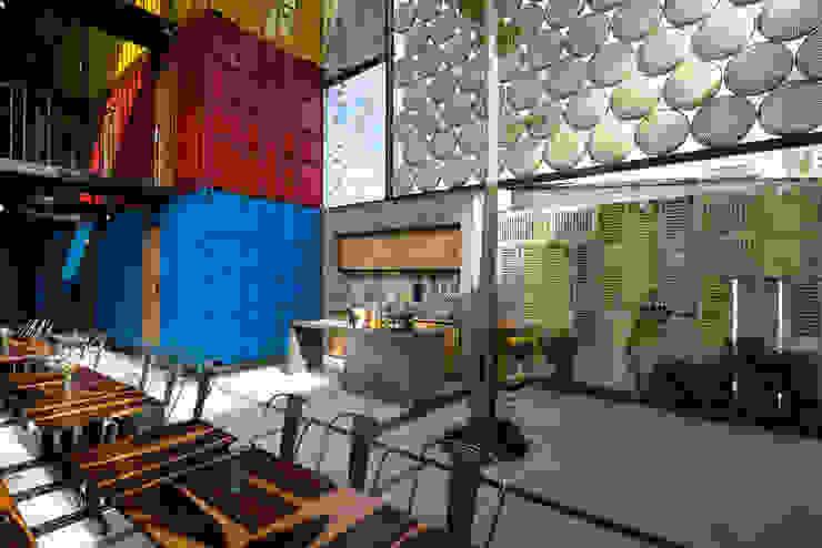 Ccasa Hostel bởi TAK Architects Hiện đại