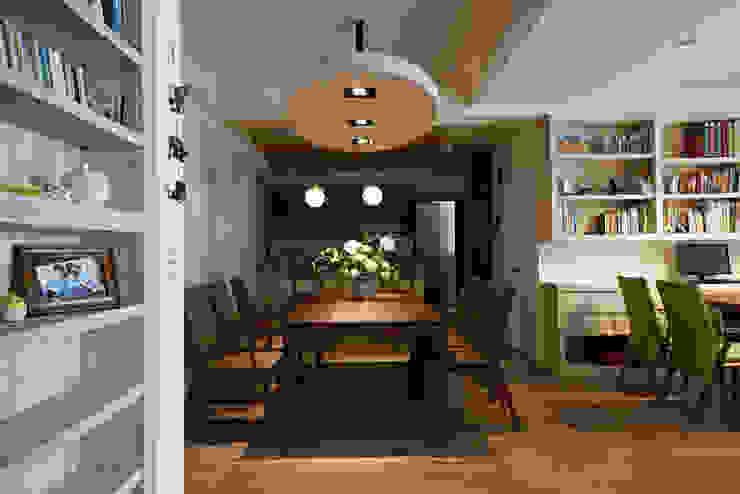 Scandinavian style dining room by ddspace266 Scandinavian