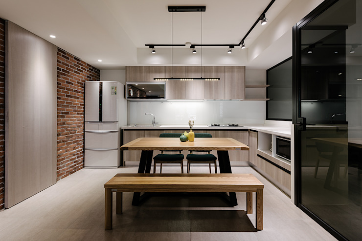 Kitchen by 隹設計 ZHUI Design Studio, Eclectic
