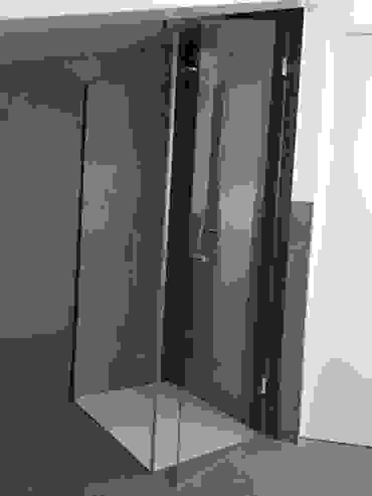 SILVERPLAT Modern style bathrooms