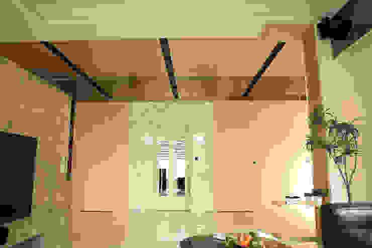 日光簡約舒適宅 根據 舍子美學設計有限公司 簡約風