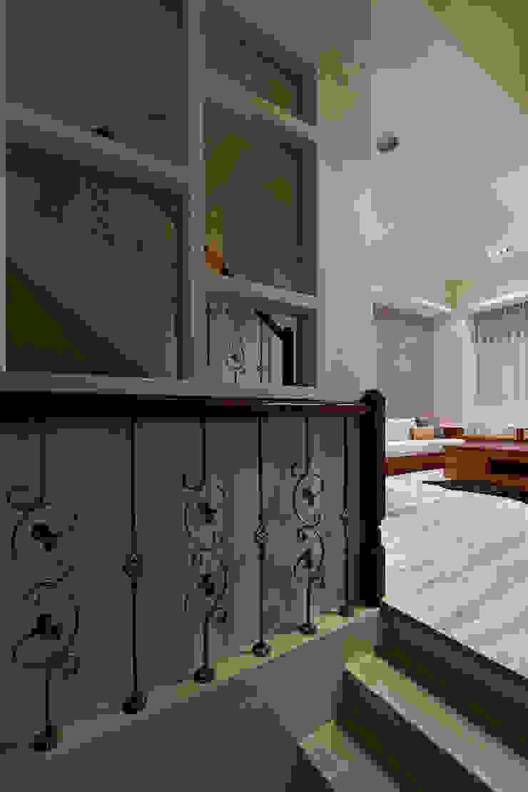 北歐美居 斯堪的納維亞風格的走廊,走廊和樓梯 根據 舍子美學設計有限公司 北歐風