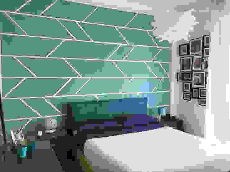 Camera da letto matrimoniale Camera da letto moderna di HORA Moderno