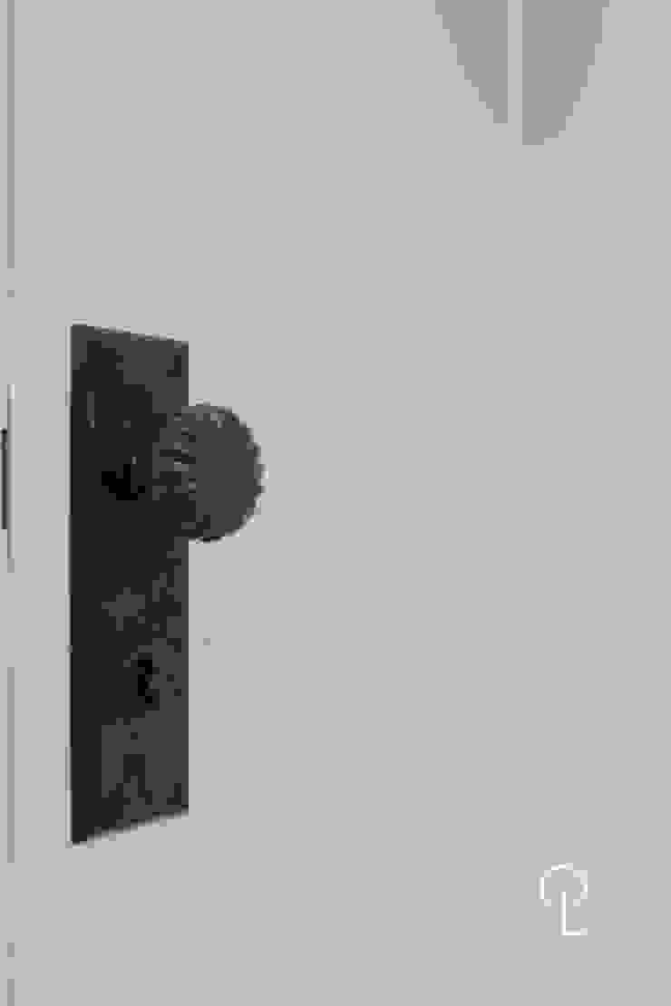 영등포구 동부센트레빌 모던스타일 거실 by 캐러멜라운지 모던