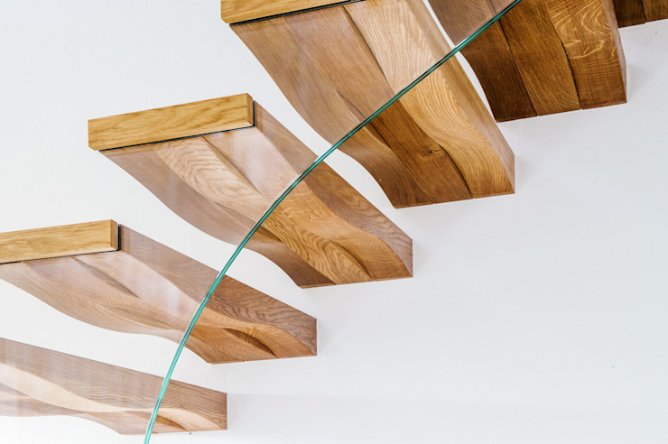 Floating Wave Siller Treppen/Stairs/Scale Modern Corridor, Hallway and Staircase Wood Brown