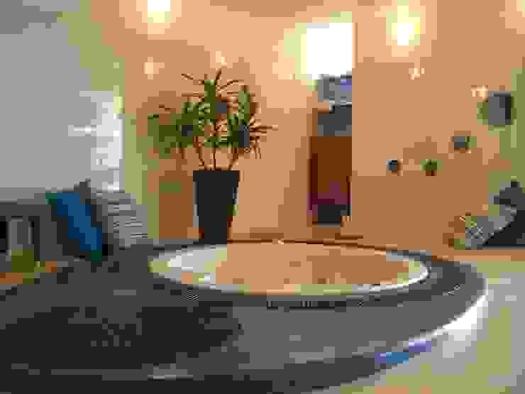 SPA Hotel Parque Ecológico Piedras Blancas:  de estilo tropical por Estudio Edoble, Tropical Madera Acabado en madera