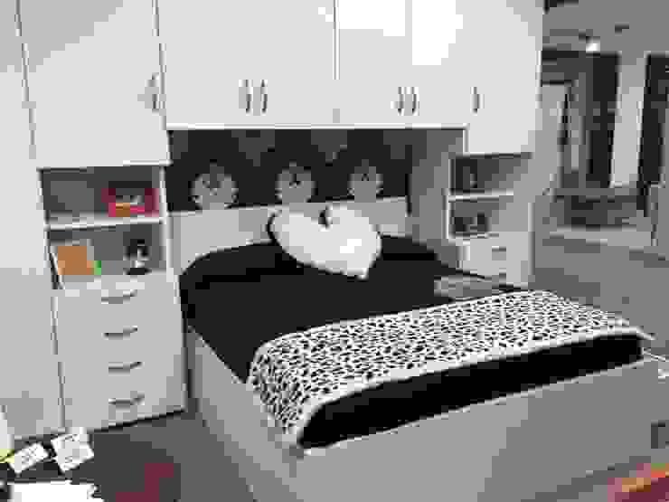CORDEL s.r.l. SchlafzimmerKleiderschränke und Kommoden Massivholz Weiß