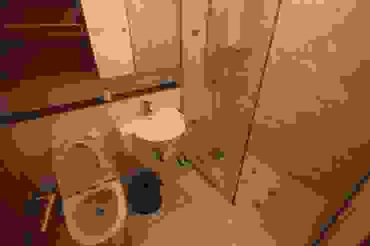 공사 전 거실 욕실: 로하디자인의 컨트리 ,컨트리