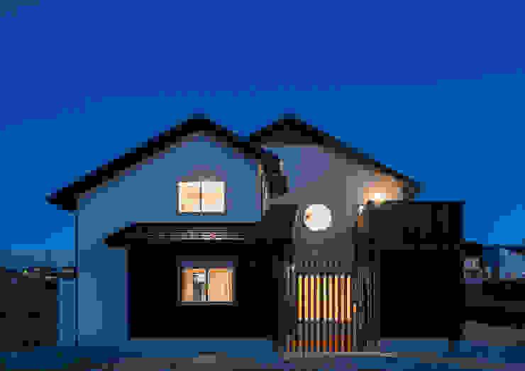 Moderne Häuser von 中村建築研究室 エヌラボ(n-lab) Modern Holz Holznachbildung