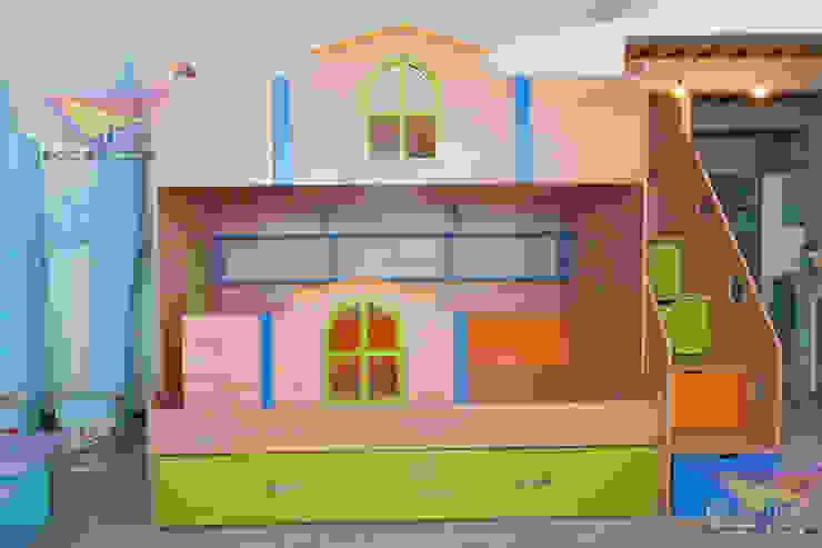 Divertida litera juvenil Dormitorios infantiles modernos de camas y literas infantiles kids world Moderno Madera Acabado en madera