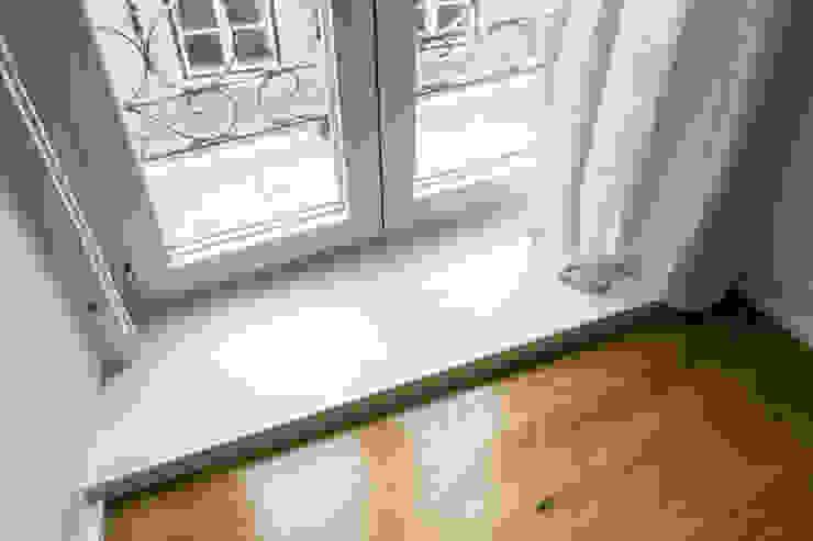 Bica Apartment Miguel Marcelino, Arq. Lda. Fenêtres & Portes minimalistes
