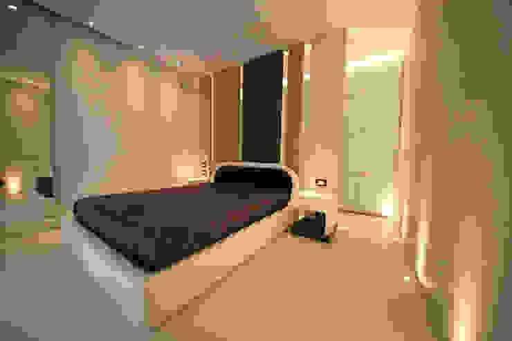 giochi di luce Studio di Segni Camera da letto moderna