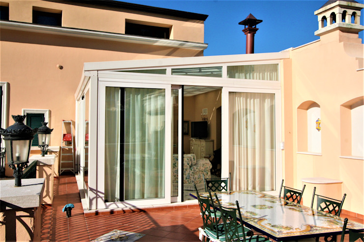 Imperatore Architetti Klassischer Balkon, Veranda & Terrasse