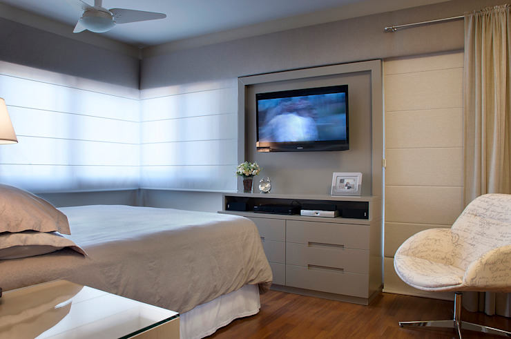Modern style bedroom by Ana Maria Dickow Arquitetura & Interiores Modern MDF