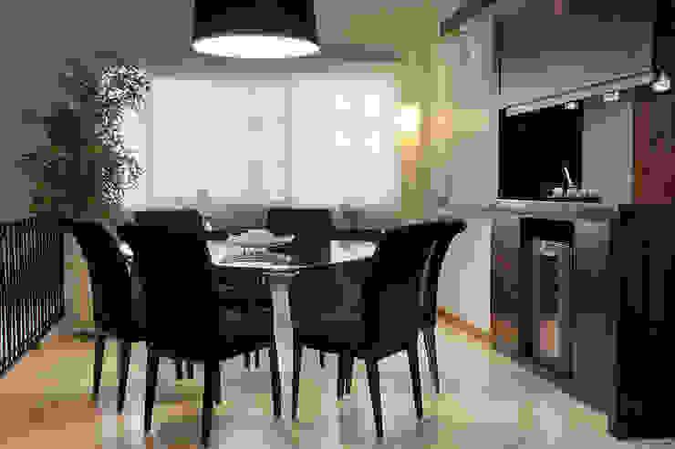 غرفة السفرة تنفيذ Ana Maria Dickow                                           Arquitetura & Interiores,