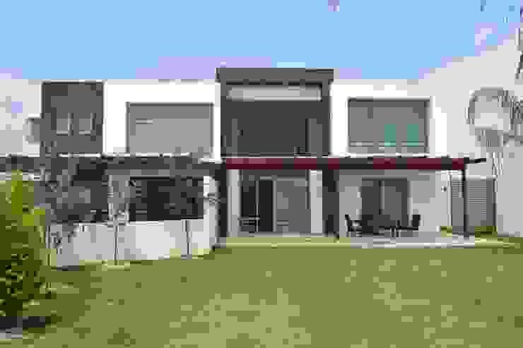 Houses by ANTARA DISEÑO Y CONSTRUCCIÓN SA DE CV,