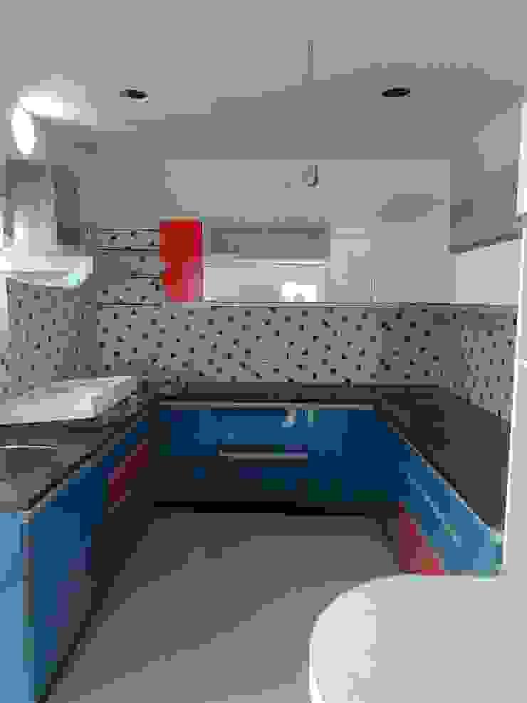Modular kitchen: minimalist  by BYOD Dezigns,Minimalist Plywood