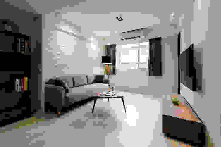 Salas / recibidores de estilo  por 隹設計 ZHUI Design Studio