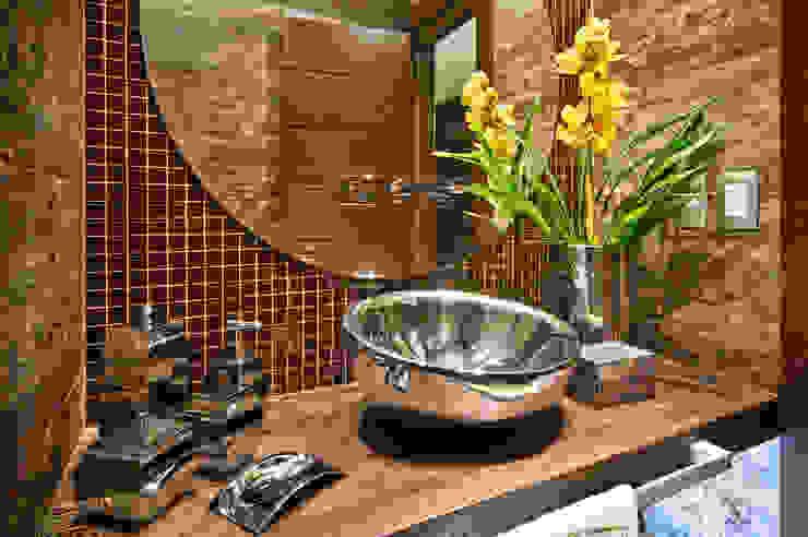 BANHEIRO DE CASAL arquiteta aclaene de mello Banheiros rústicos