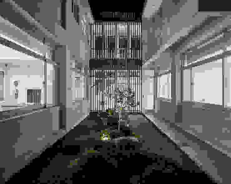 Jardin de style  par Glocal Architecture Office (G.A.O) 吳宗憲建築師事務所/安藤國際室內裝修工程有限公司