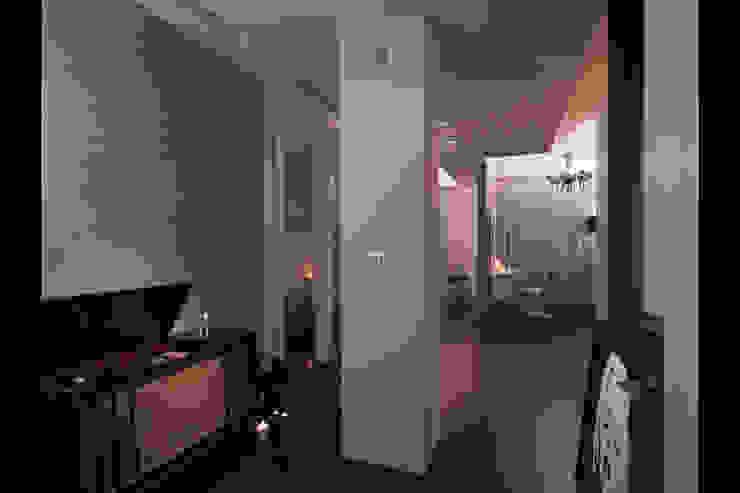 嘉義吳宅 現代風玄關、走廊與階梯 根據 邑法室內裝修設計有限公司 現代風