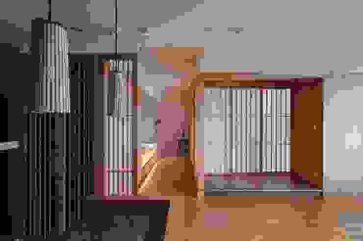 北投陳宅 亞洲風玄關、階梯與走廊 根據 直方設計有限公司 日式風、東方風 木頭 Wood effect