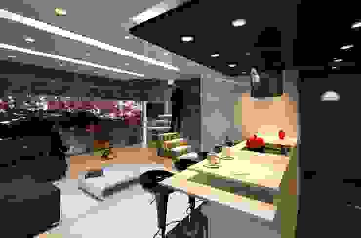 Vista ME7 Estudio de Arquitectura Cocinas de estilo minimalista Mármol Blanco