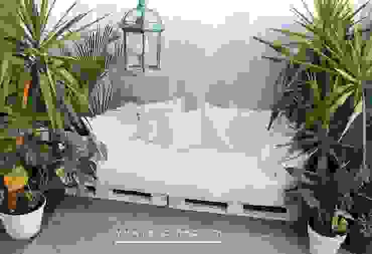 지중해스타일 발코니, 베란다 & 테라스 by Neus Conesa Diseño de Interiores 지중해