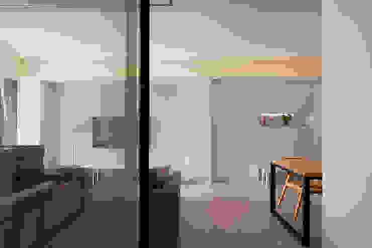 過道端景與機能和鳴 根據 趙玲室內設計 現代風