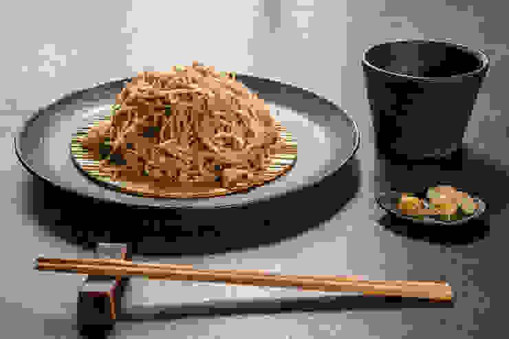 中山大輔建築設計事務所/Nakayama Architects Eclectic style dining room