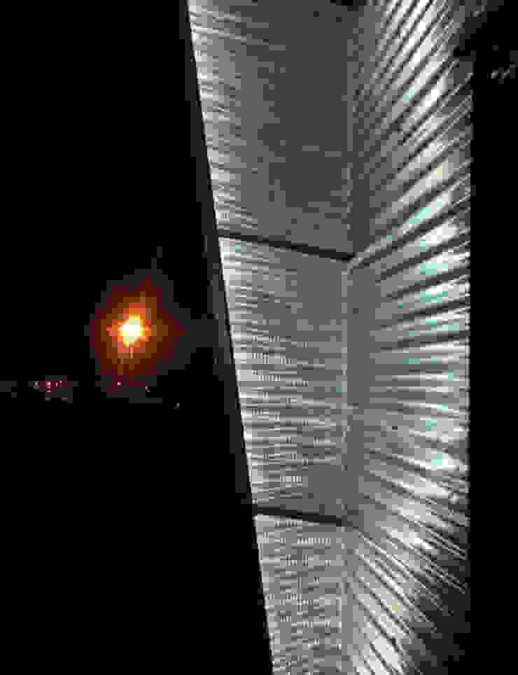 Exterior facade lighting A4AC Architects Modern houses Aluminium/Zinc