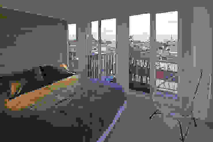 Cuartos de estilo  por Boué Arquitectos, Moderno Concreto