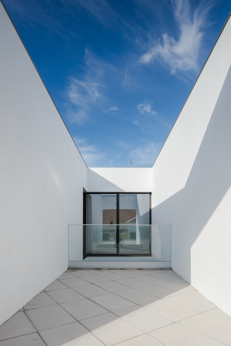 Maisons minimalistes par Plano Humano Arquitectos Minimaliste