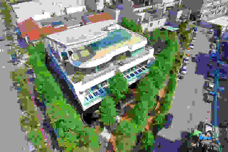 琴森林入口大神木步道 根據 植建築 鉅凱建築師事務所/原果室內創研設計 現代風