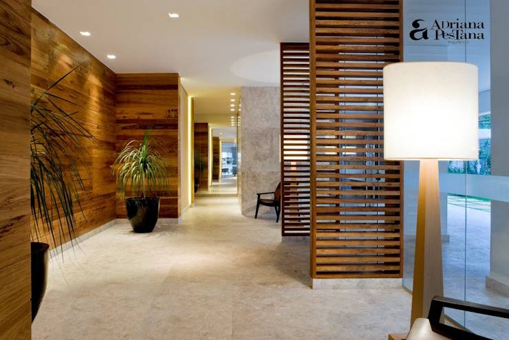 Modern walls & floors by Pestana Arquitetura Modern