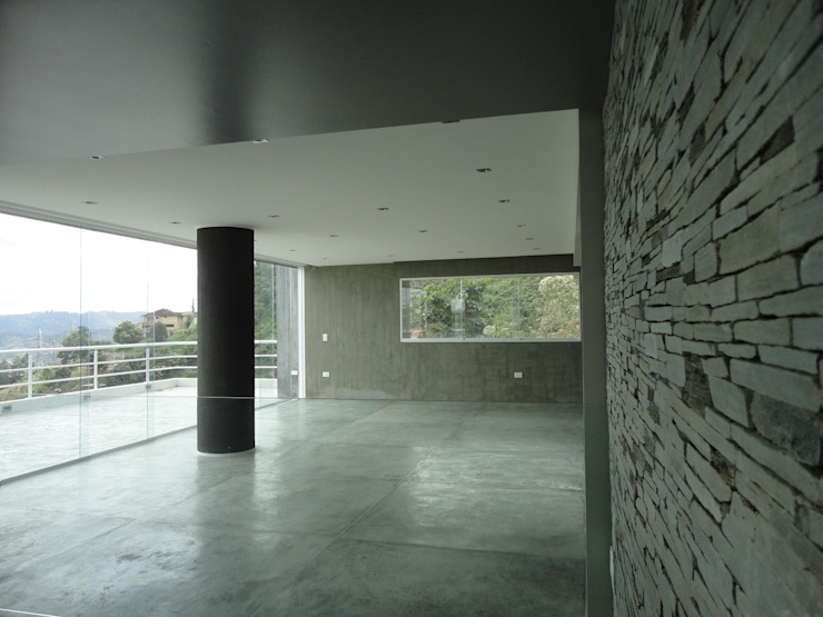 Sala de entretenimiento & Bar MARATEA estudio Salas de entretenimiento de estilo minimalista Piedra Gris