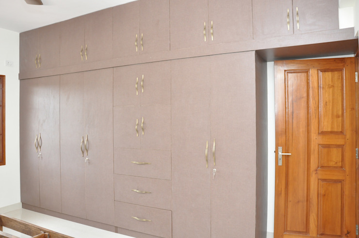 Buy Wardrobe Online India Asian style bedroom by homify Asian Plywood