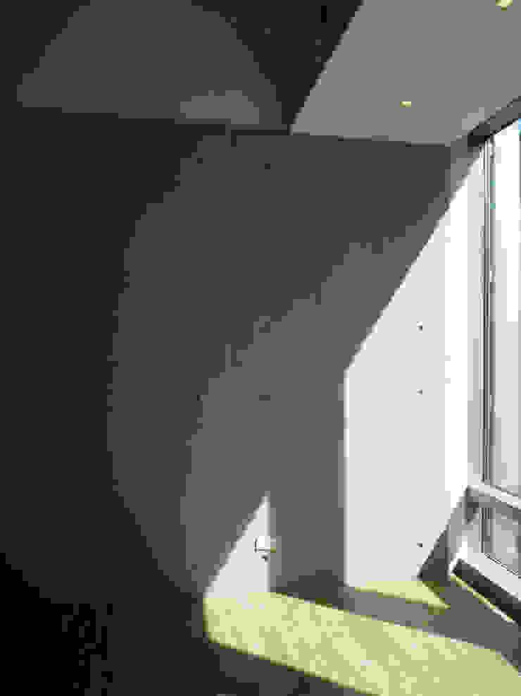 造型牆面 根據 Hi+Design/Interior.Architecture. 寰邑空間設計 現代風