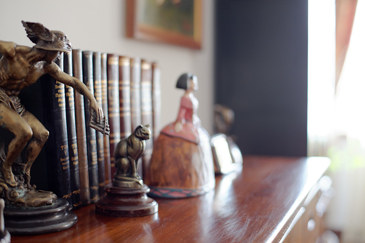 Salas de estilo ecléctico de Станислав Старых Ecléctico Madera Acabado en madera