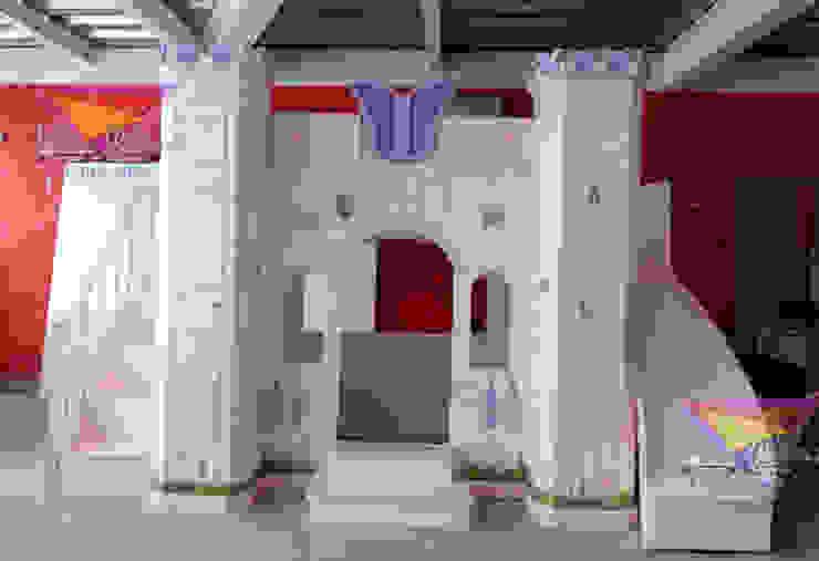 Precioso castillo de mariposas de camas y literas infantiles kids world Clásico Derivados de madera Transparente