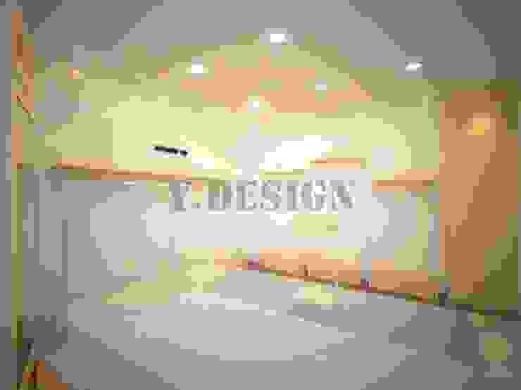 의류샵내부: 와이앤디자인의 현대 ,모던