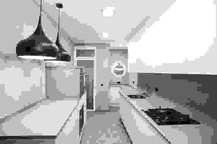 Grupo Inventia Modern style kitchen Wood-Plastic Composite White