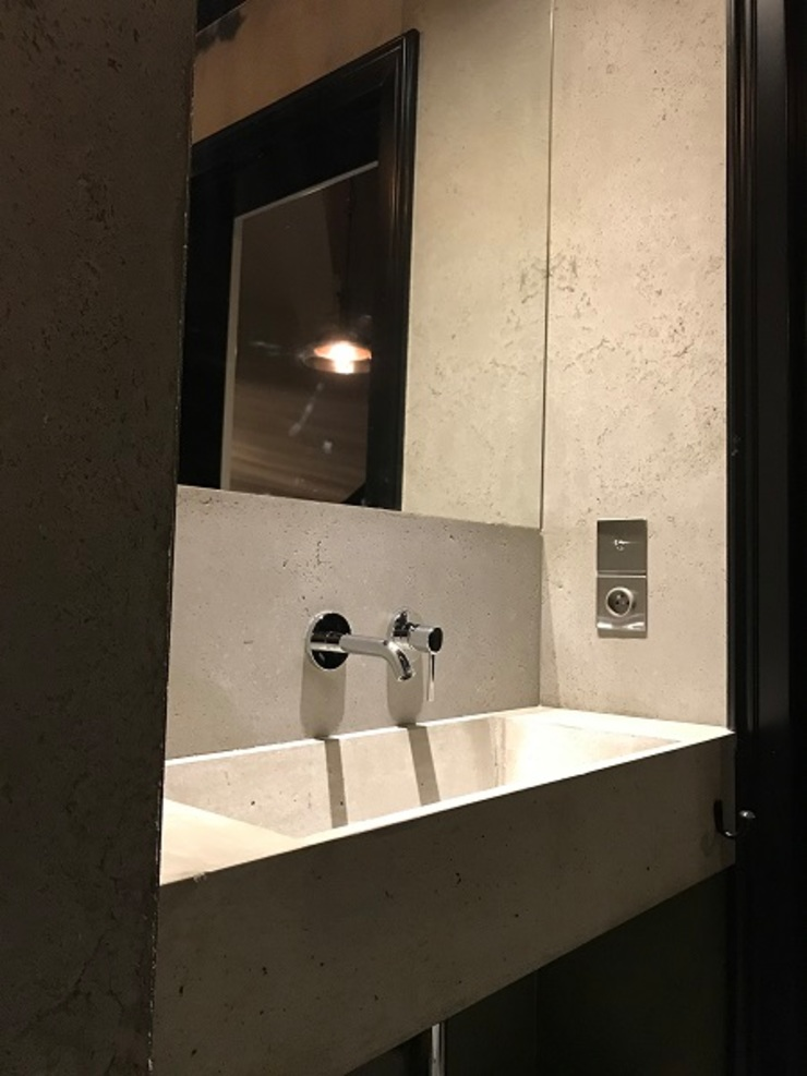 Modern bathroom by Artis Visio Modern Concrete