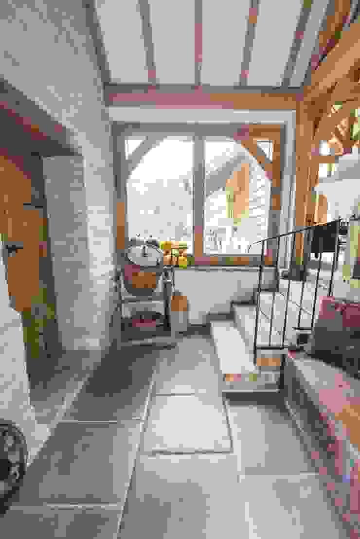 Hall Space par Lincolnshire Limestone Flooring Moderne