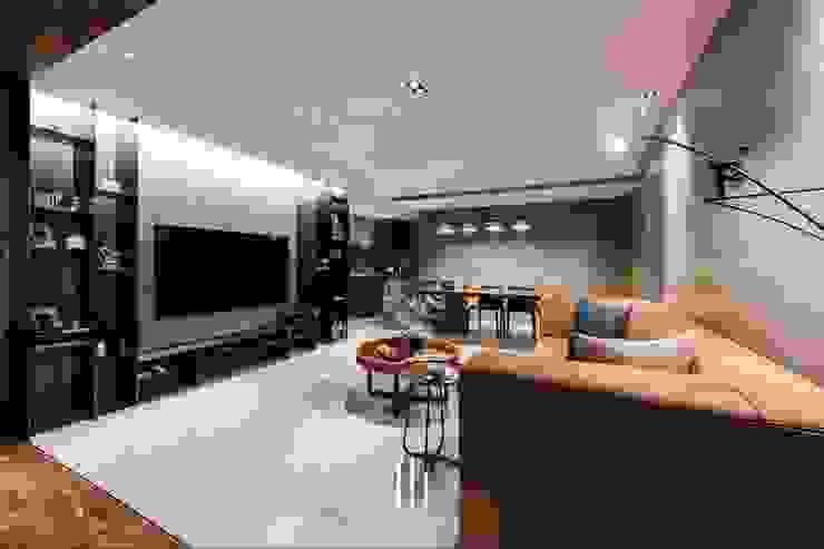台北西湖-住宅案 现代客厅設計點子、靈感 & 圖片 根據 山巷室內設計 現代風